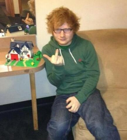 File:Ed Sheeran builds a lego house.jpg