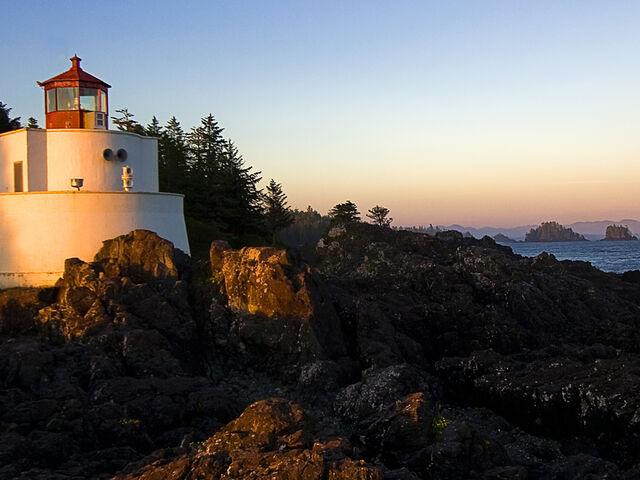 File:Lighthouse-By Eddy.jpg
