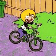 Nazz bike riding