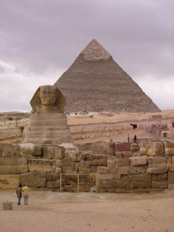 Plik:Sphinx and Pyramid.jpg