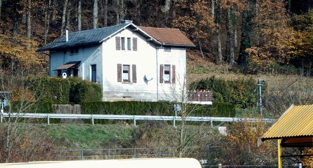 Datei:Bahnwaerterhaus Remsbahn 44.jpg