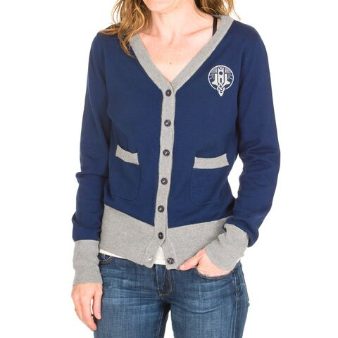 File:Ladies-cardigan-es-winterhold-front.jpg
