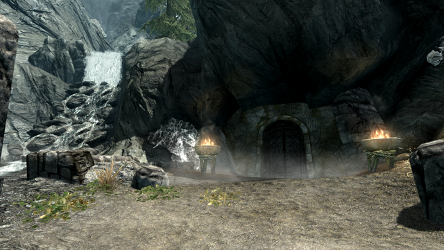 File:TESV Twilight Sepulcher Entrance.png
