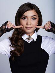 Selena Casiieomark 1