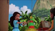 Isabel prepares piñata