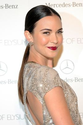 File:Odette Annable 2015.jpg