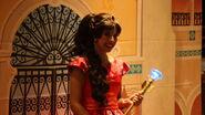 Elena Disney Magic Kingdom 4