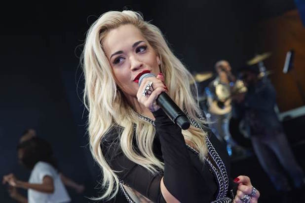 File:Rita-Ora-Empire-NY-Rain.jpg