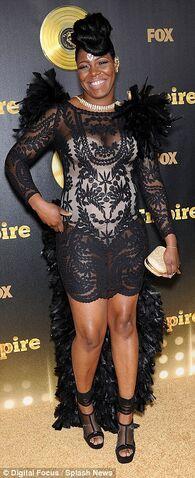 File:Ta'rhonda Jones red carpet.jpg