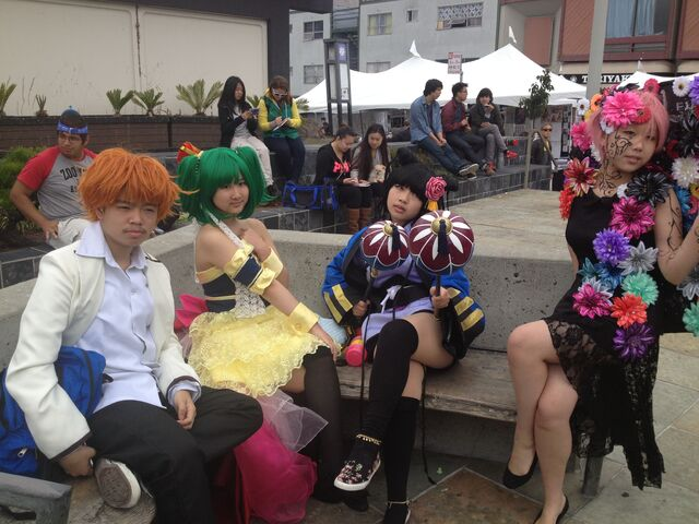 File:Jpopsummit animecosplay.JPG