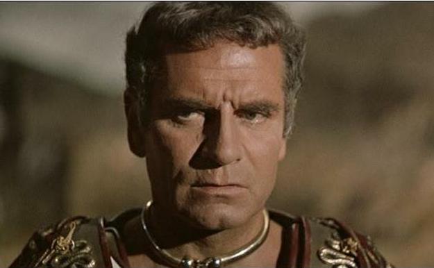 File:Laurence Olivier Spartacus.jpg