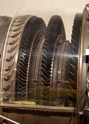 File:Turbine Stage GE J79.jpg