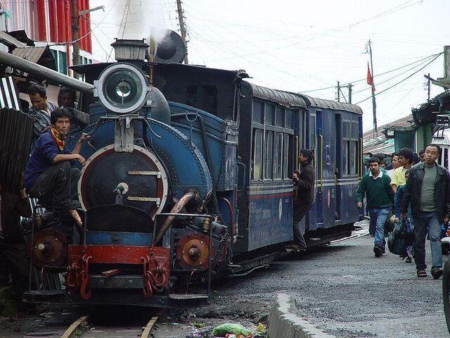 File:Darjeeling Himalayan Railway.JPG