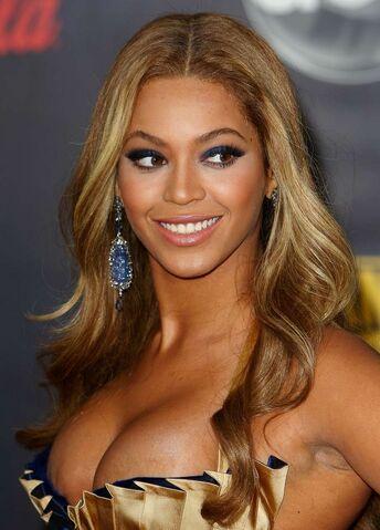 File:Beyonce-Knowles-22.jpg