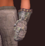 Plunderer's Small Link Chain Gloves (Equipped)