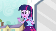 Twilight apologizing for her late reply EG3