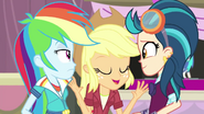 "Applejack ""alright, everypony"" EG3b"