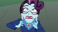 Cinch totally afraid of Midnight Sparkle EG3