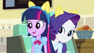Rarity behind Twilight EG