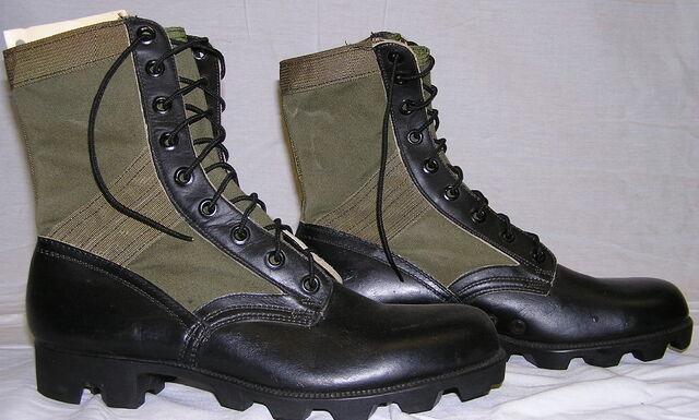 File:Boots 3rd Pat 1P.jpg