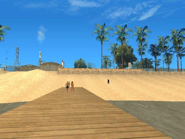Archivo:East beach.jpg