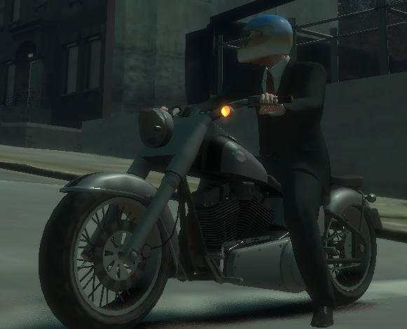 Archivo:Niko sobre una Freeway (GTA IV).png