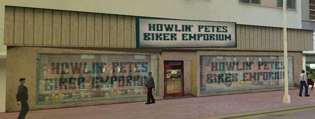 Archivo:HowlinPetesBikerEmporium.jpg