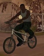 CJ en una BMX.png