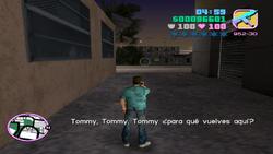 Tía Poulet hablando con Tommy por telefono