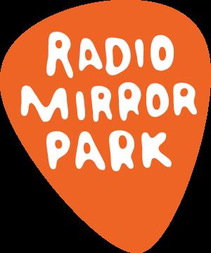 Archivo:Radio-mirror-park-official.png