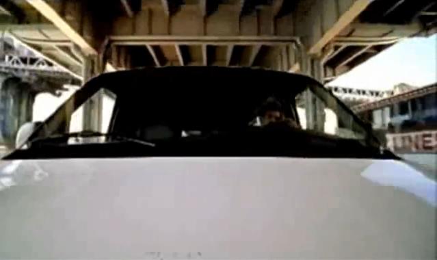 Archivo:Grand Theft Auto 2 The Movie - Parte delantera de la furgoneta.png