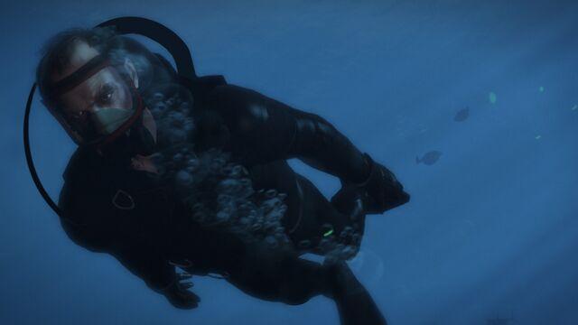 Archivo:Trevor Underwater.jpg