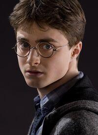 Harry Potter (HBP promo) 3.jpg