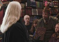 Draco, Lucius y Arthur en 1992.