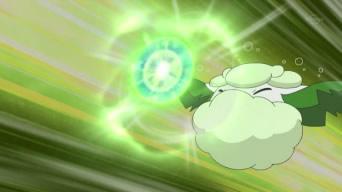 Archivo:EP692 Cottonee usando bola energía.png