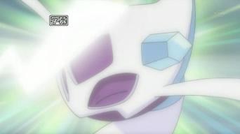 Archivo:EP657 Froslass reciviendo Cola Ferrea de Pikachu.jpg