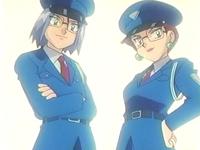 Archivo:EP205 James y Jessie disfrazados de policías (2).png