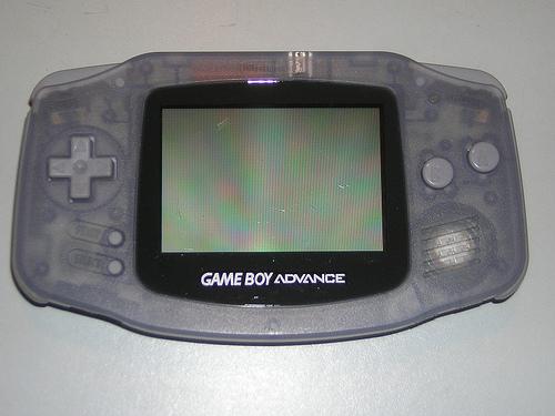 Archivo:Game Boy Advance.jpg