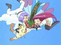 Archivo:EP549 Team Rocket despegando con Yanmega.png