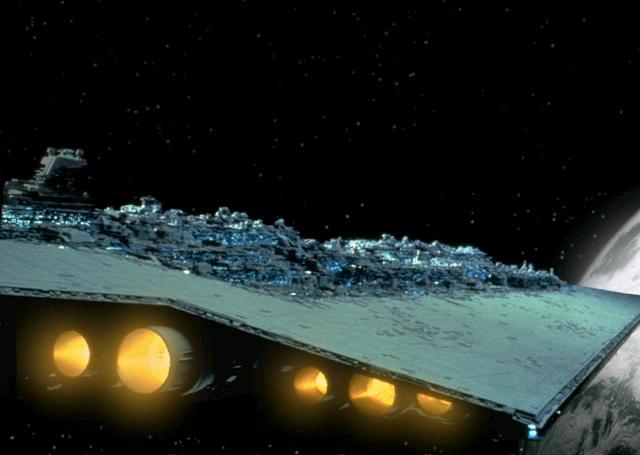 Archivo:Executor approaching Hoth.JPG