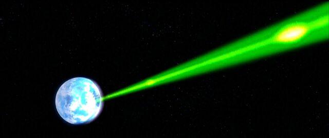 Archivo:Disparo De la estrella de la muerte hacia Alderaan.jpg