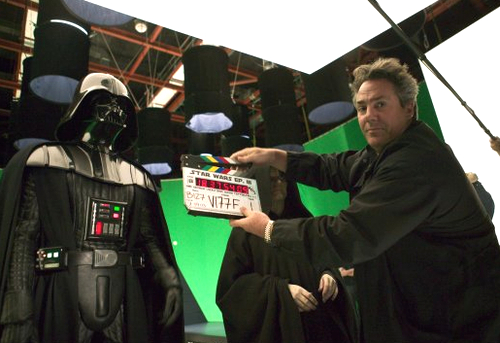 Archivo:Rick McCallum behind the scenes of Revenge of the Sith.jpg