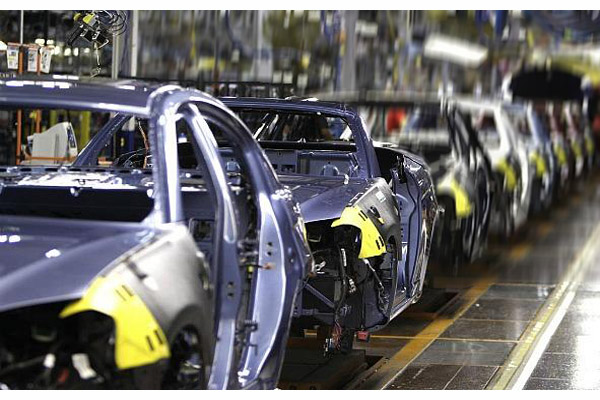 File:AUSTRALIA-The-Cost-of-Keeping-Auto-Makers-Local-US-Chrysler-Production-Line.jpg
