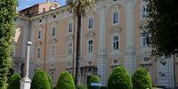 Palace Van Der Grudeln