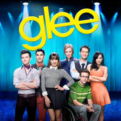 Archivo:Glee.png