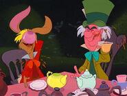 Alice-in-wonderland-disneyscreencaps.com-4871