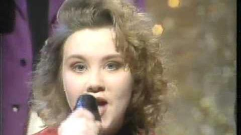 Emma - Give A Little Love Back To The World (Eurovision Preview United Kingdom 1990)