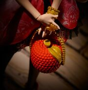 Diorama - purse of Apple