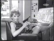 The receptionist and her gun (Yolande Turner)