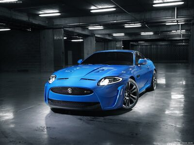 Jaguar-XKR-S 2012 800x600 wallpaper 01